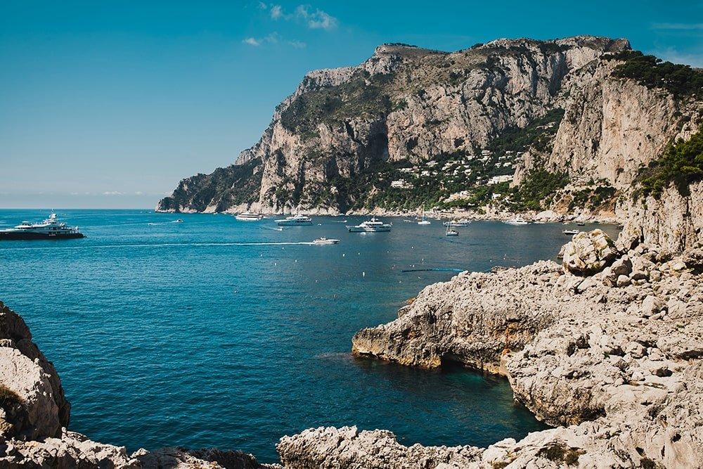 Pompei e Capri in barca da Sorrento