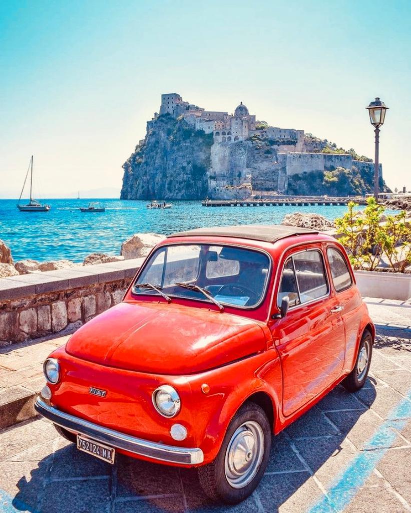 Ischia ponte Fiat 500