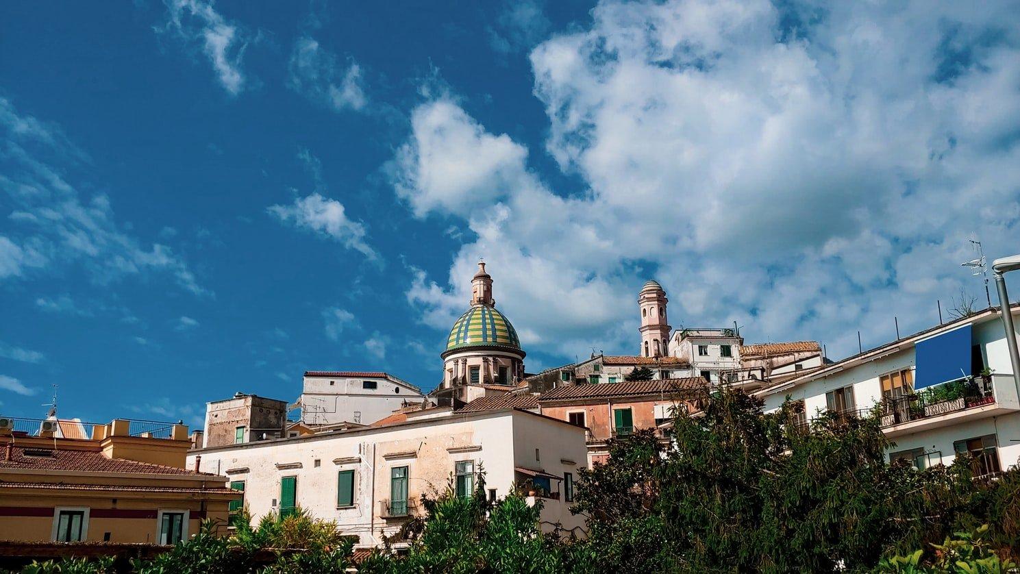 Vietri sul Mare panorama con cupola chiesa San Giovanni Battista