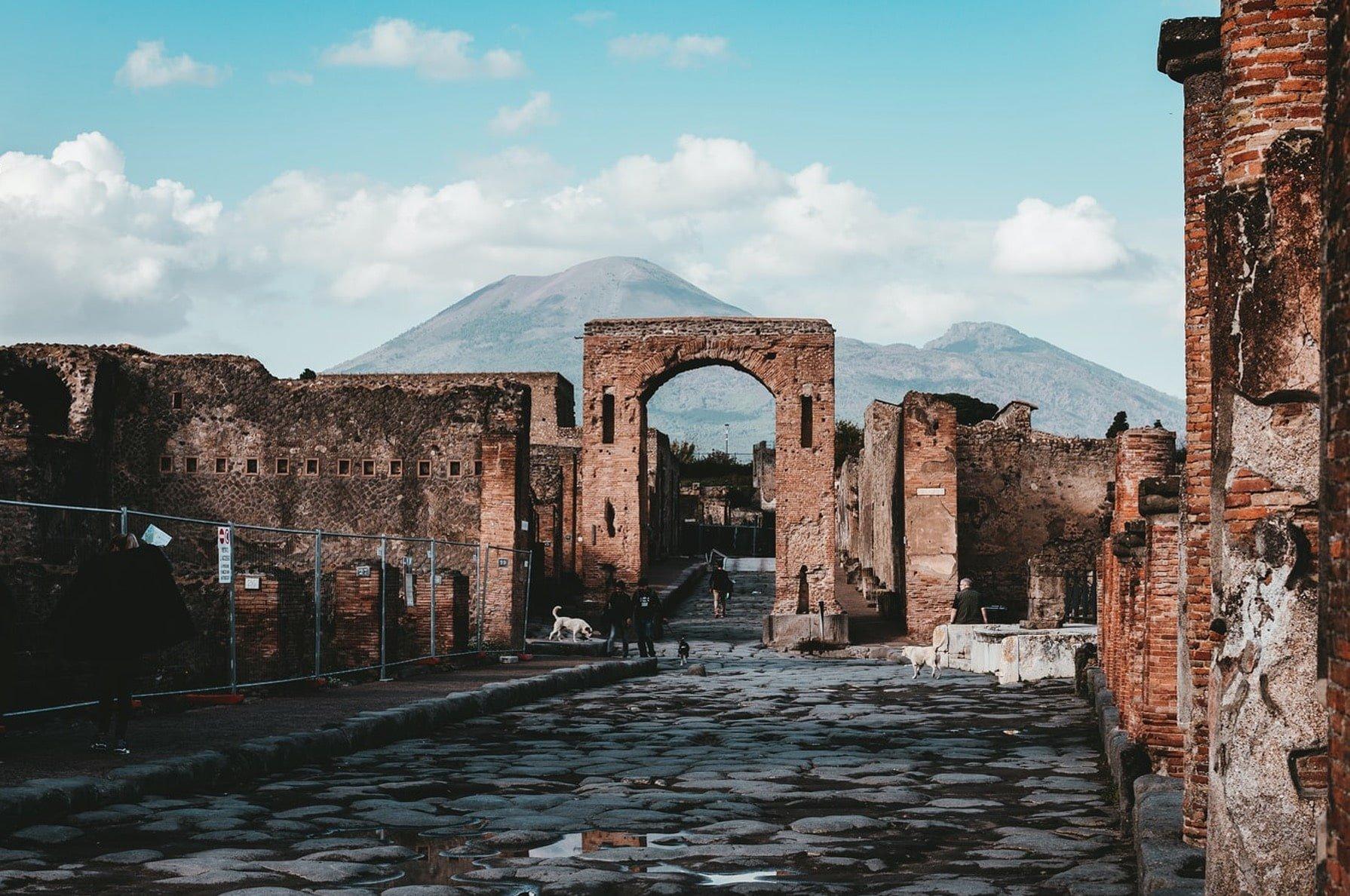 Pompei dalla Costiera Amalfitana