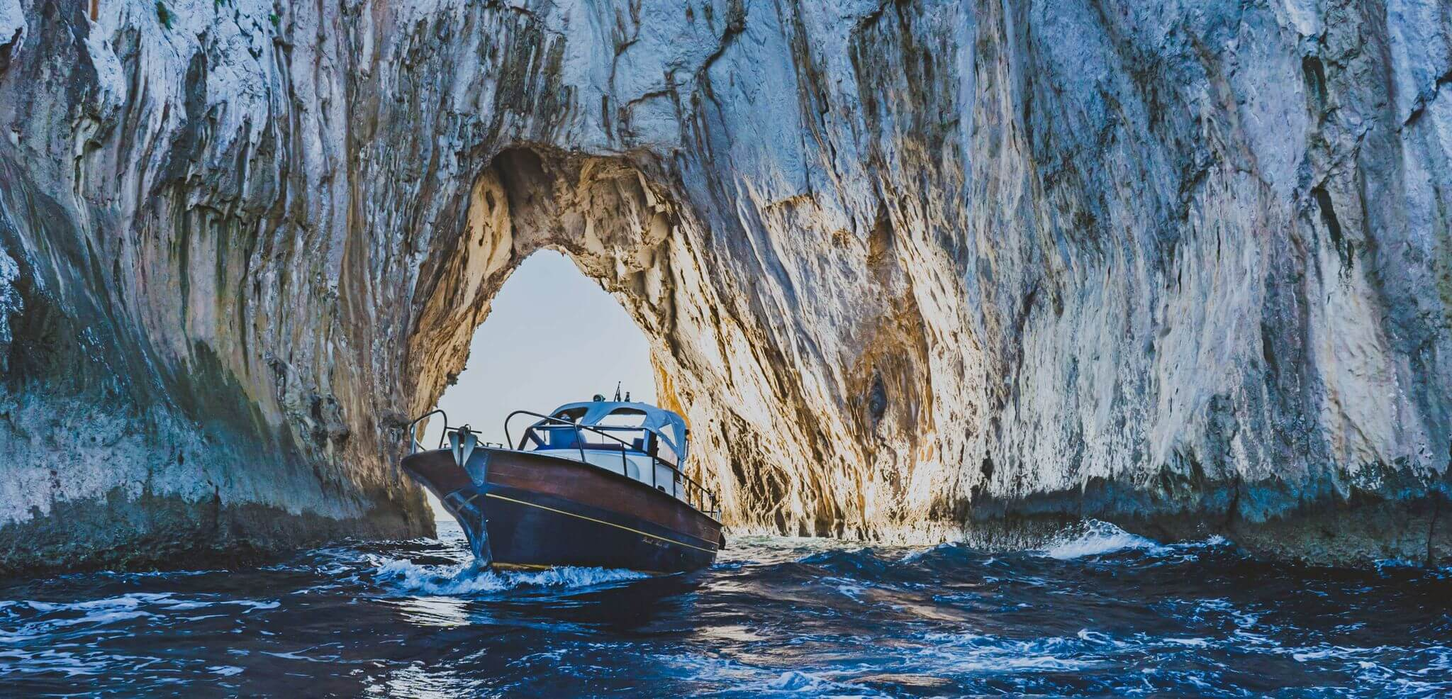 A chi rivolgersi per un giro in barca a Capri