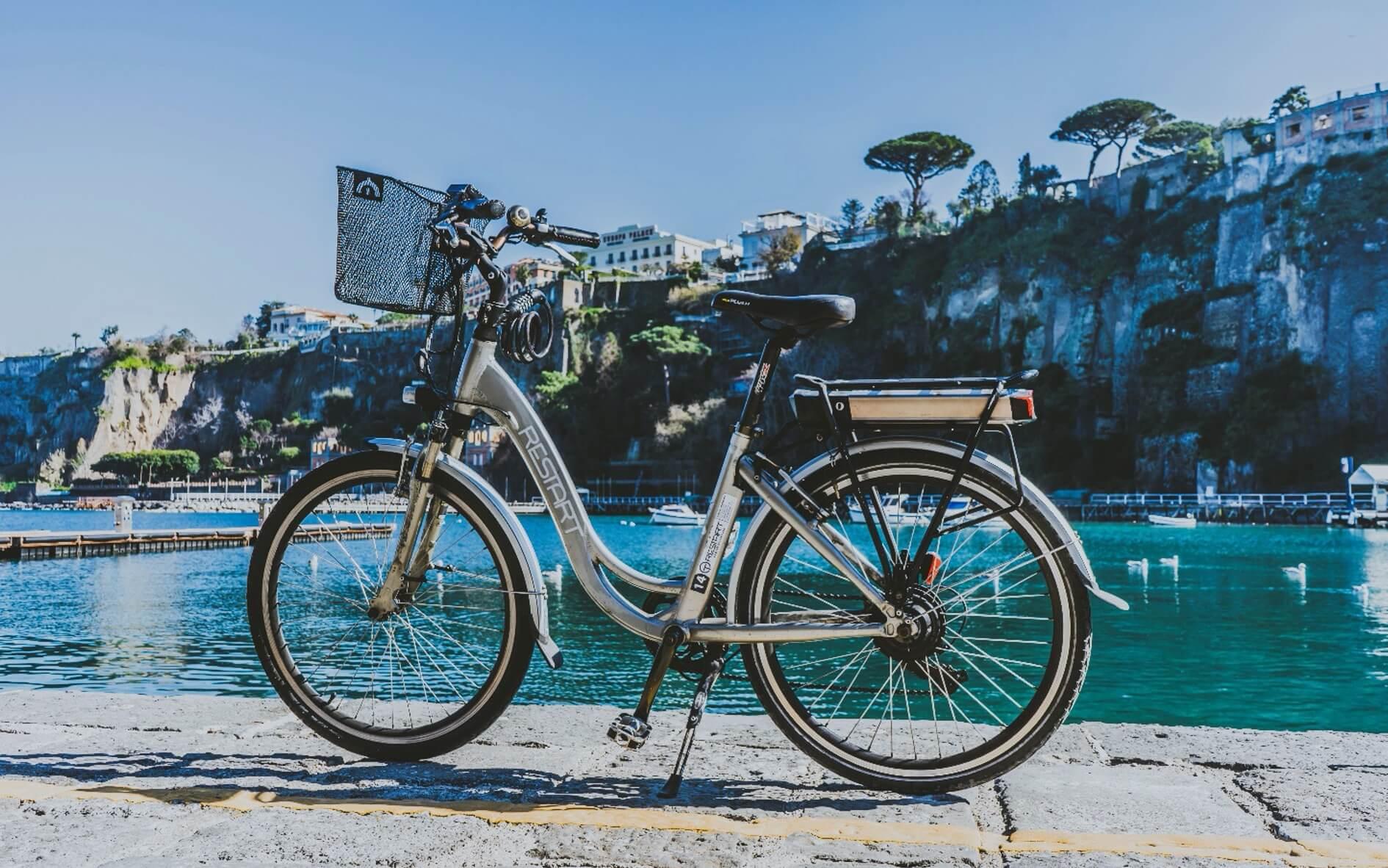 Visit the Amalfi Coast by bike