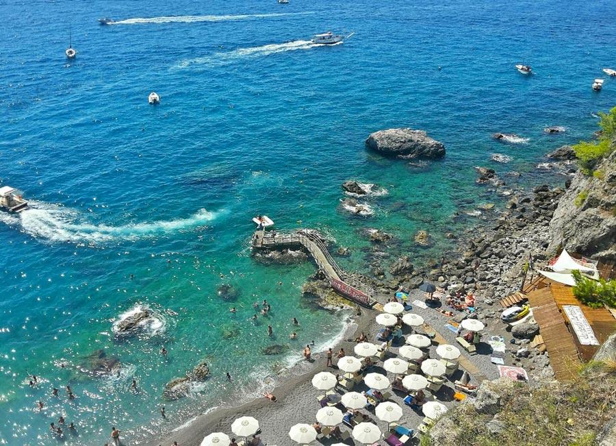 Spiaggia del Duoglio ad Amalfi